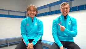 Luka Modric y Toni Kroos en una entrevista con el Real Madrid