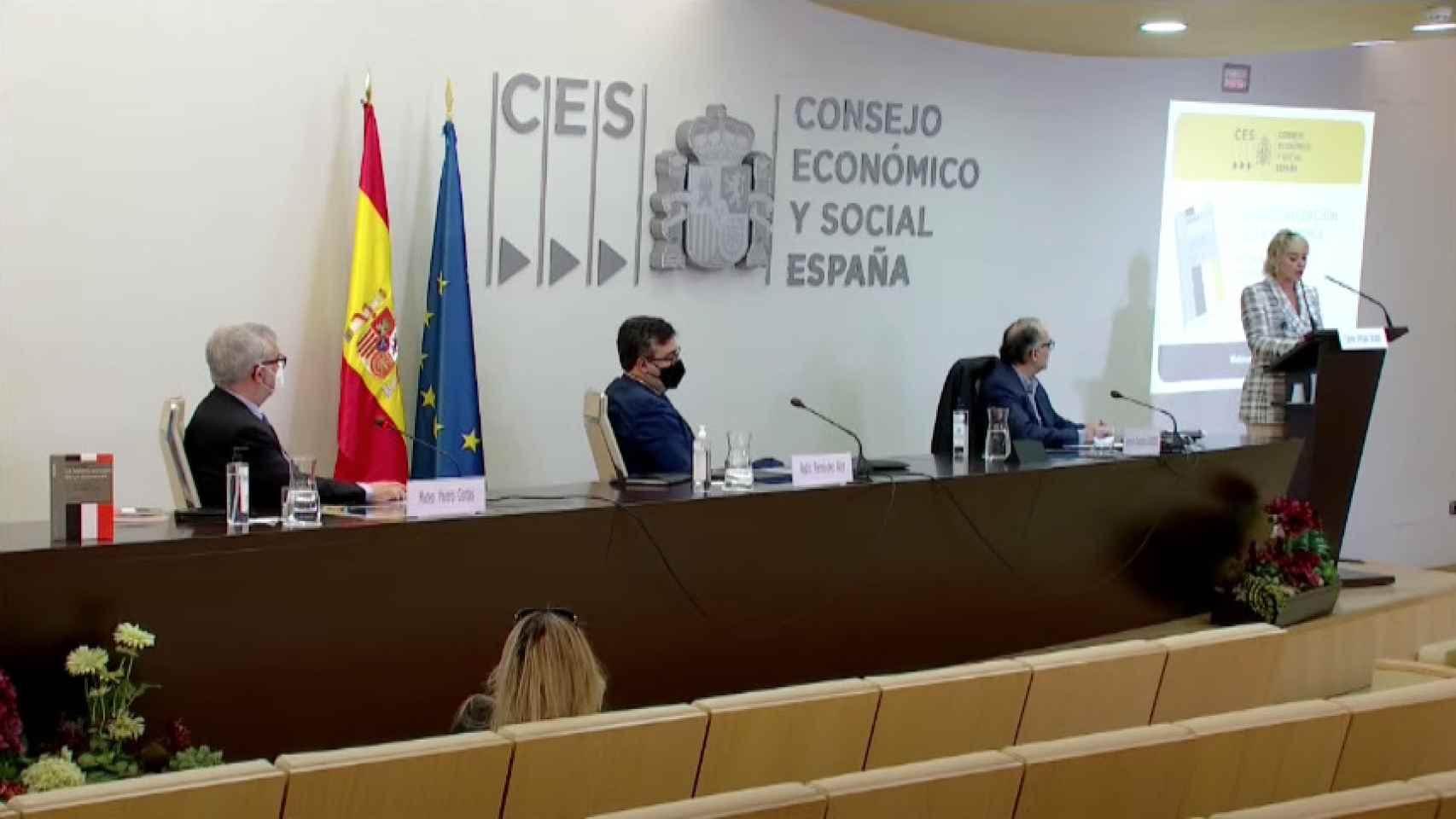 Carme Artigas clausura la presentación del informe del CES sobre digitalización