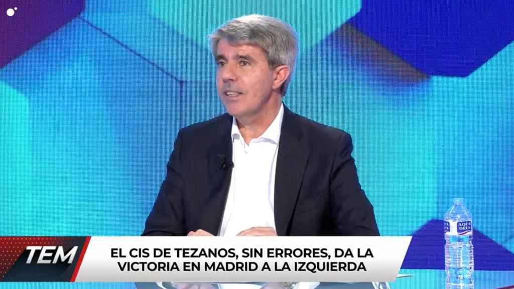 Ángel Garrido se ha estrenado como tertuliano de 'Todo es mentira'.