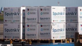 Cajas con dosis de la vacuna Sputnik V contra la Covid-19.