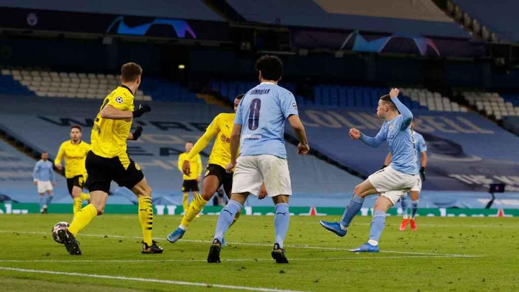 El City celebra su gol en el descuento ante el Dortmund