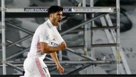 Marco Asensio celebra su gol, el segundo del Real Madrid, al Liverpool