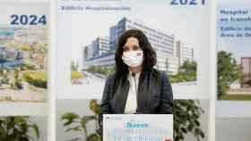 Isabel Díaz Ayuso visita el proyecto de construcción del nuevo edificio de hospitalización del hospital 12 de Octubre. Efe
