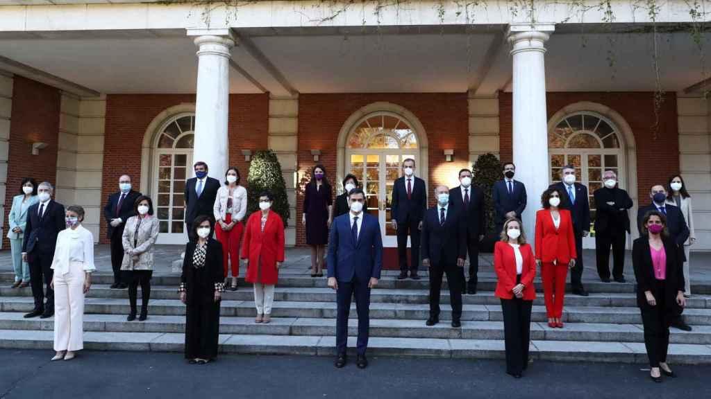 Foto del Gobierno de Pedro Sánchez, actualizada tras la entrada de Ione Belarra y los ascensos de Yolanda Díaz y Nadia Calviño.