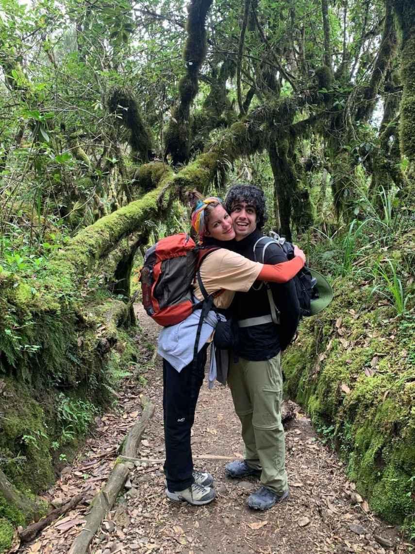 Diego Ibáñez y Carlotta Cosials en el Kilimanjaro, Tanzania.