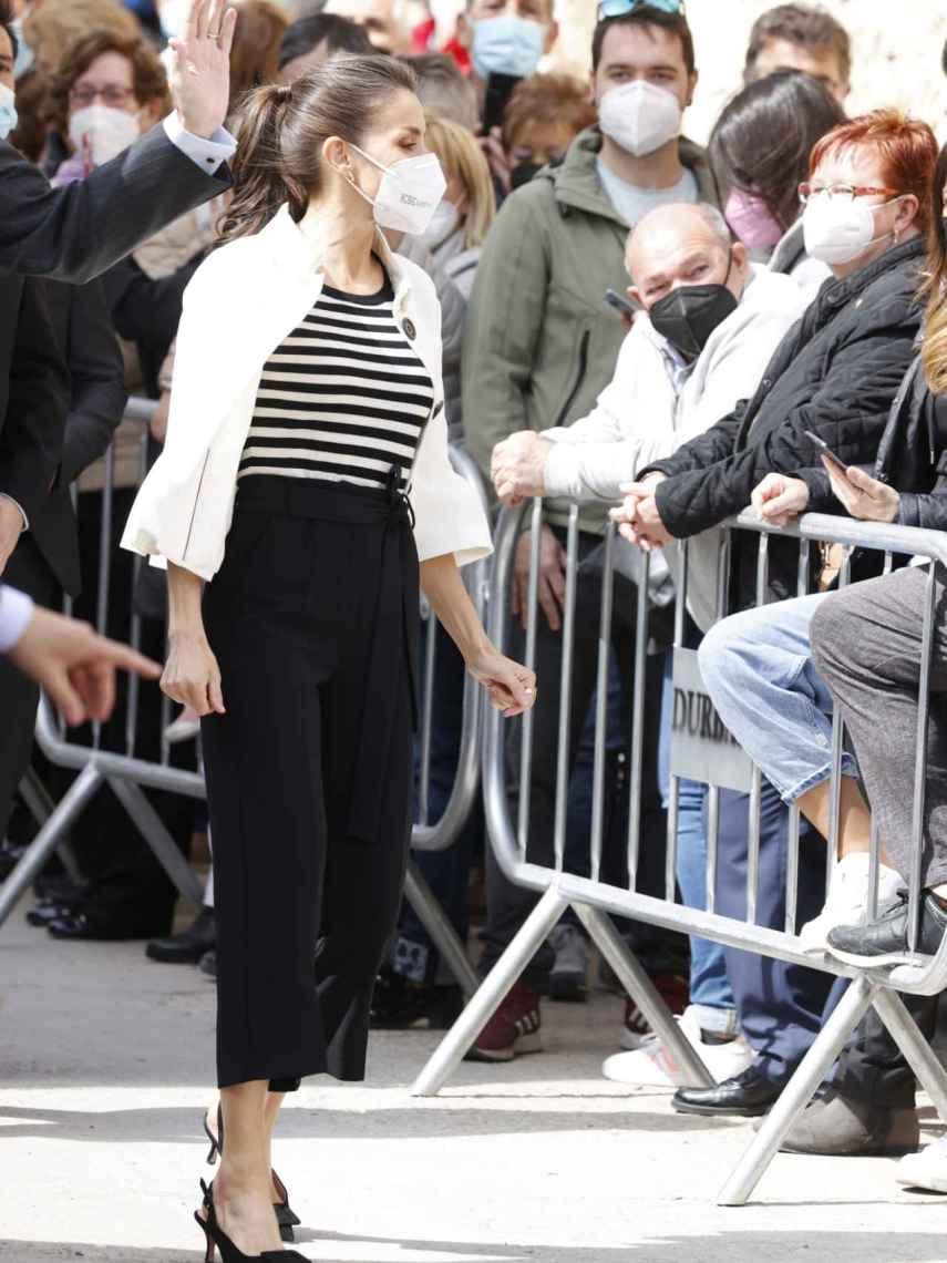 Queen Letizia wearing her Isabel Adbo slingback shoes.