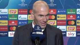 Zidane, en zona mixta