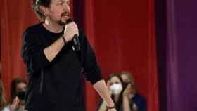 Pablo Iglesias durante un vídeo donde denuncia actos racistas en España.