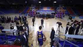 Pau Gasol saliendo al Palau Blaugrana en su presentación con el Barça