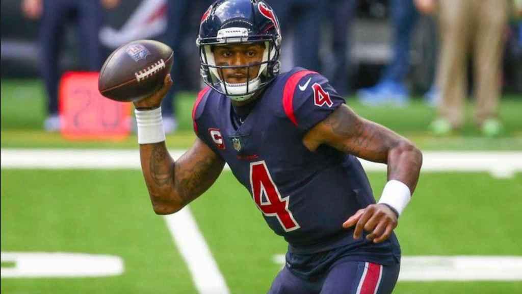 Deshaun Watson en un partido con los Texans