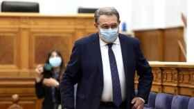 Jesús Fernández Sanz, consejero de Sanidad en el pleno de las Cortes de CLM de este jueves