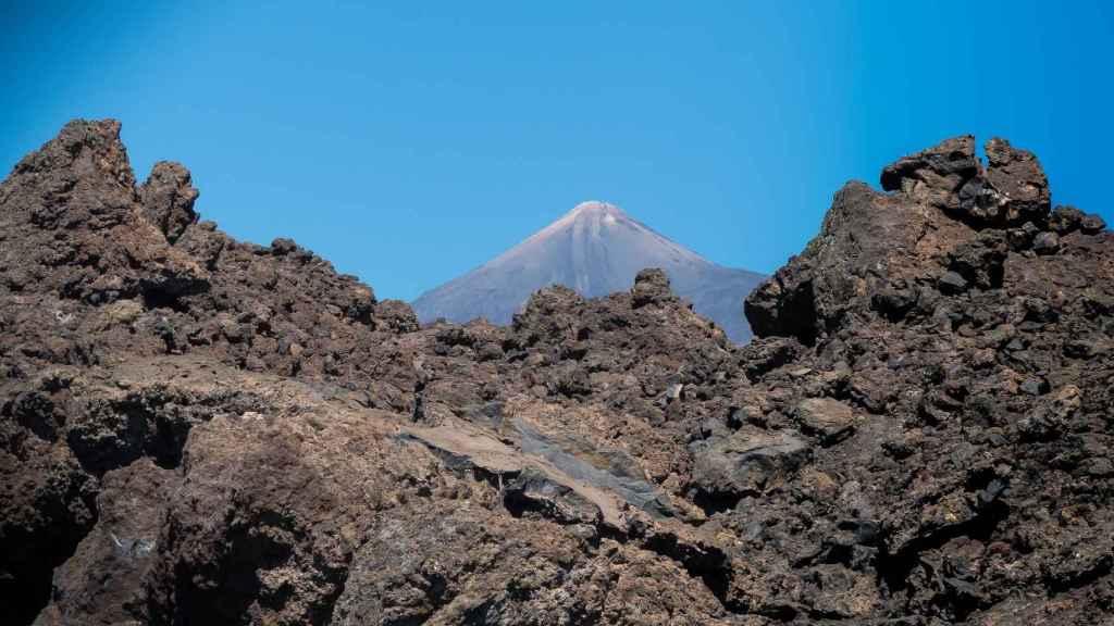 El Teide, uno de los enclaves turísticos de referencia en las Islas Canarias. FOTO: R. Winkelmann (Pixabay))