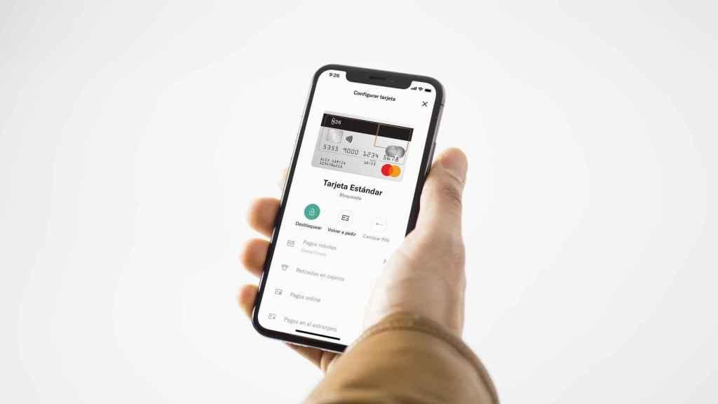 N26 permitirá a sus usuarios retirar y depositar efectivo en comercios mediante el móvil