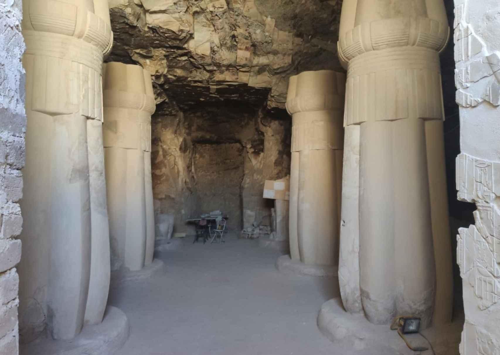 Proyecto de excavación del Instituto de Estudios del Antiguo Egipto en la tumba de Amenhotep Huy.