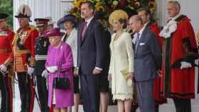 Los Reyes de España junto a Isabel II y su marido durante su última visita oficial a Londres.