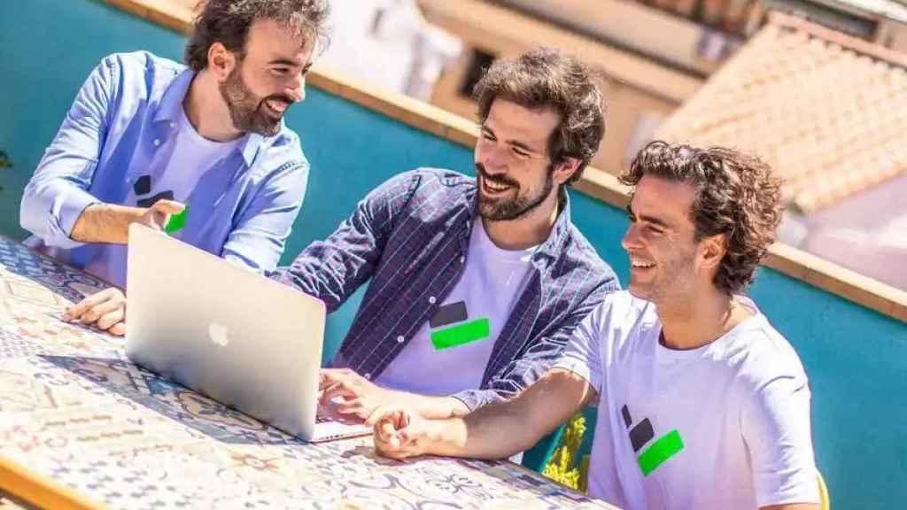 Joaquín, Álvaro y Quique, fundadores de la aplicación Taxdown.