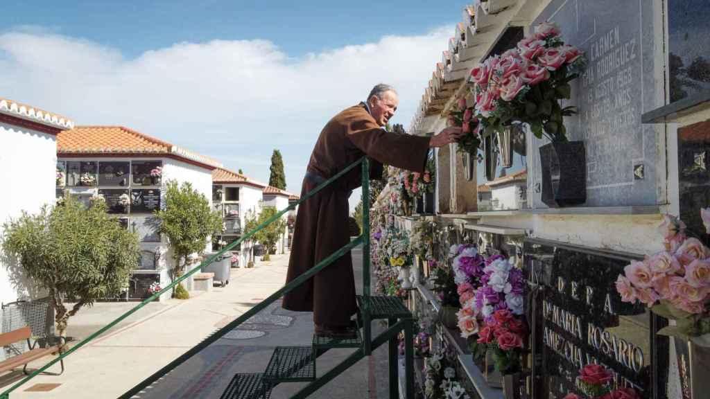 Fray Hermenegildo ingresó en la congregación hace 54 años. Es de El Campillo (Huelva).