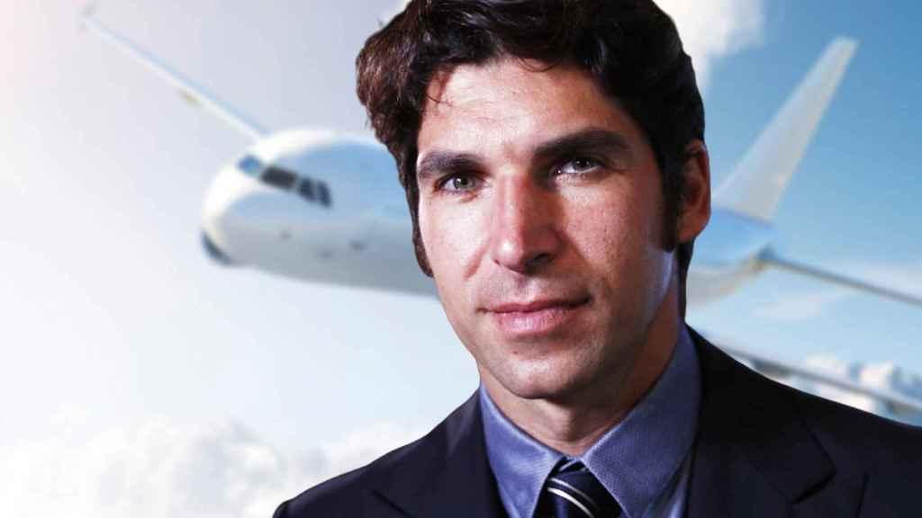 Cayetano Rivera está recibiendo clases para sacarse la licencia de piloto.