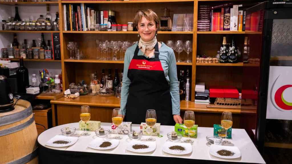 Los cinco tés verdes probados por Marisol González, sumiller de té y profesora de la Escuela Española de Cata.