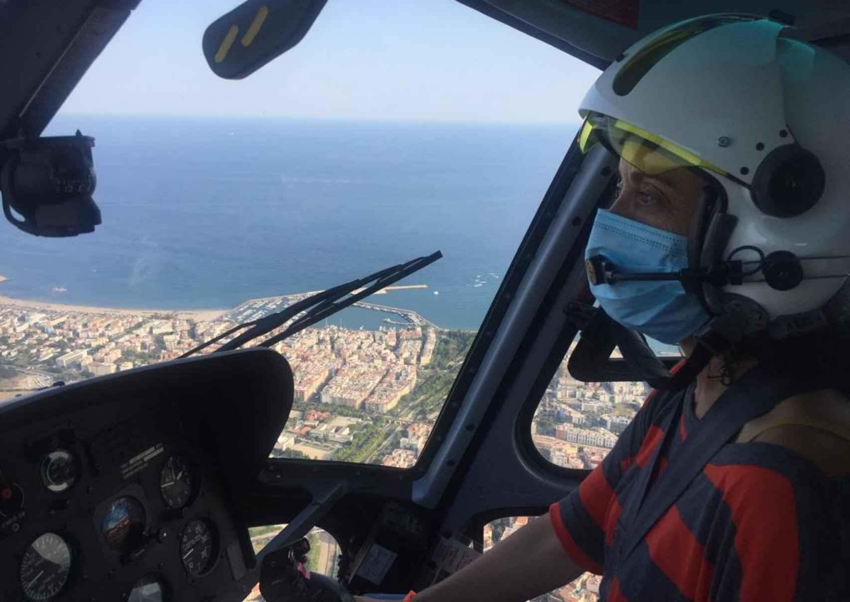 Laura el pasado agosto durante la renovación de sus habilitaciones para poder pilotar.