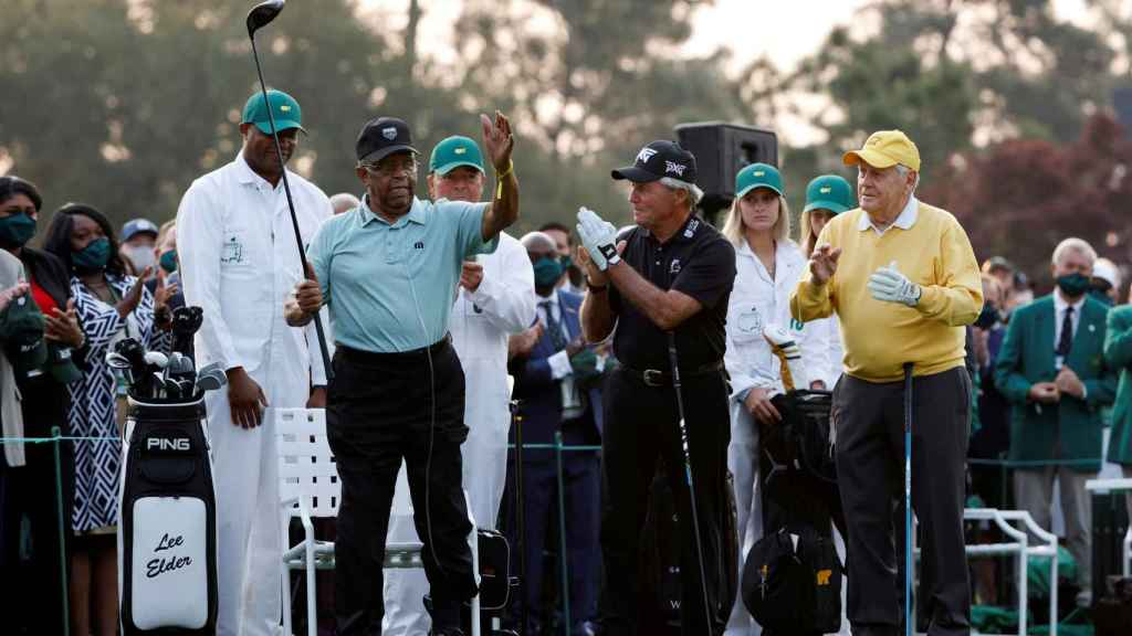 Lee Elder junto a Player y Nicklaus en el Masters de Augusta 2021