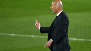 Zidane amplía la convocatoria con varios canteranos