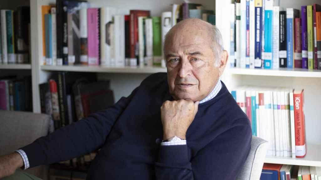El filósofo y pedagogo José Antonio Marina recibe a EL ESPAÑOL en su despacho.