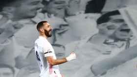 Karim Benzema celebra un gol en el Alfredo Di Stéfano