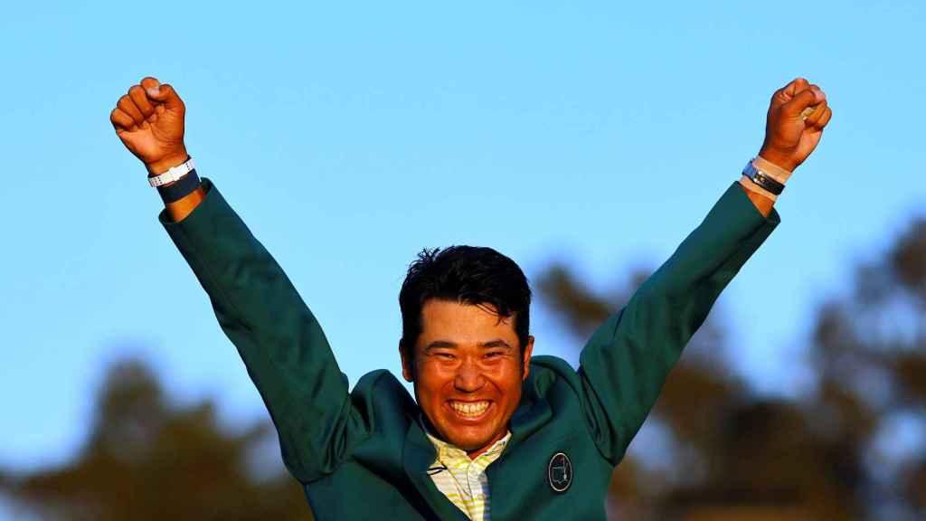 Hideki Matsuyama celebra su victoria en el Masters de Augusta de 2021