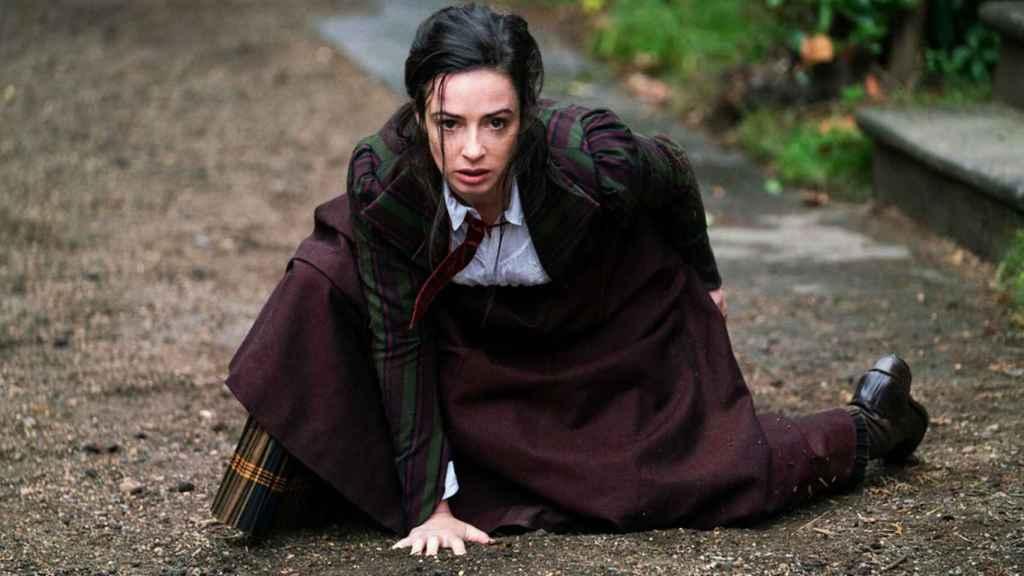 Laura Donnelly es Amalia True.