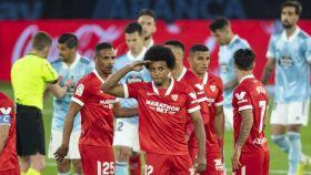 Jules Koundé celebra su gol con el Sevilla al Celta