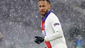 Neymar Jr. durante un partido de Champions League con el PSG