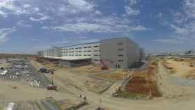 Imagen de un centro que construye Dragados para Amazon en Sevilla.