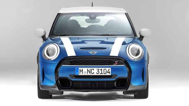 El Mini acaba de ser actualizado con novedades estéticas y de equipamiento.