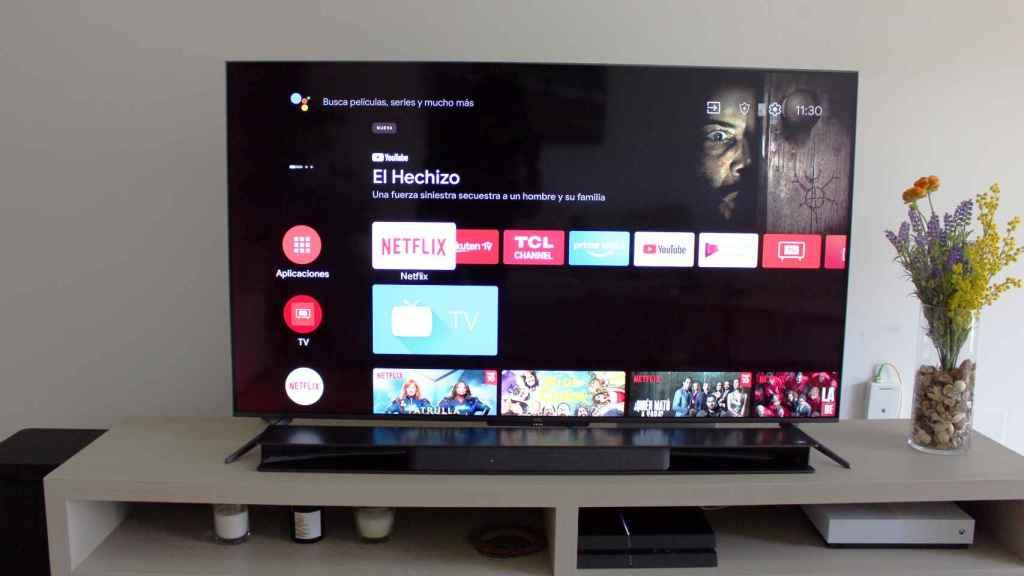 Android TV en el televisor TCL C71.