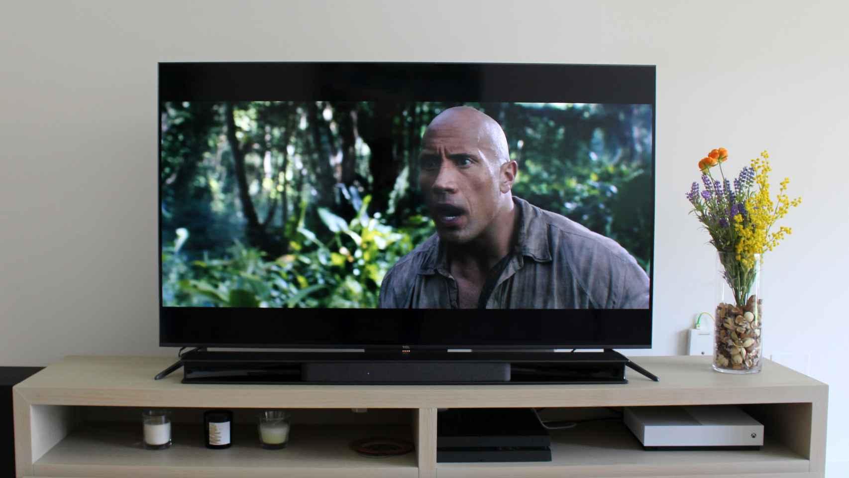 Así es el televisor QLED de 55 pulgadas de TCL.