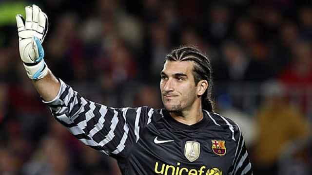 Las imágenes del mundo del deporte: el cambio de look radical de Pinto, exportero del Barça