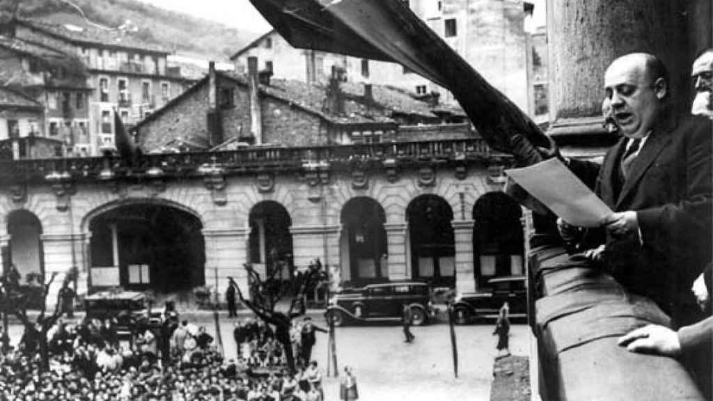 Indalecio Prieto en Eibar.