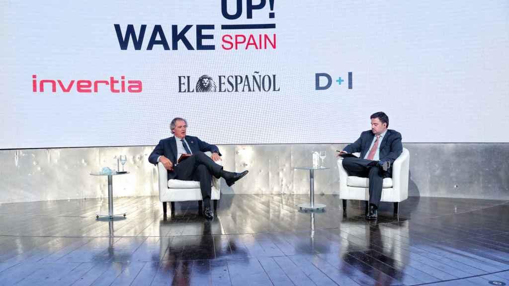 José Manuel Entrecanales, presidente ejecutivo de Acciona y Arturo Criado, subdirector de Invertia. EE.