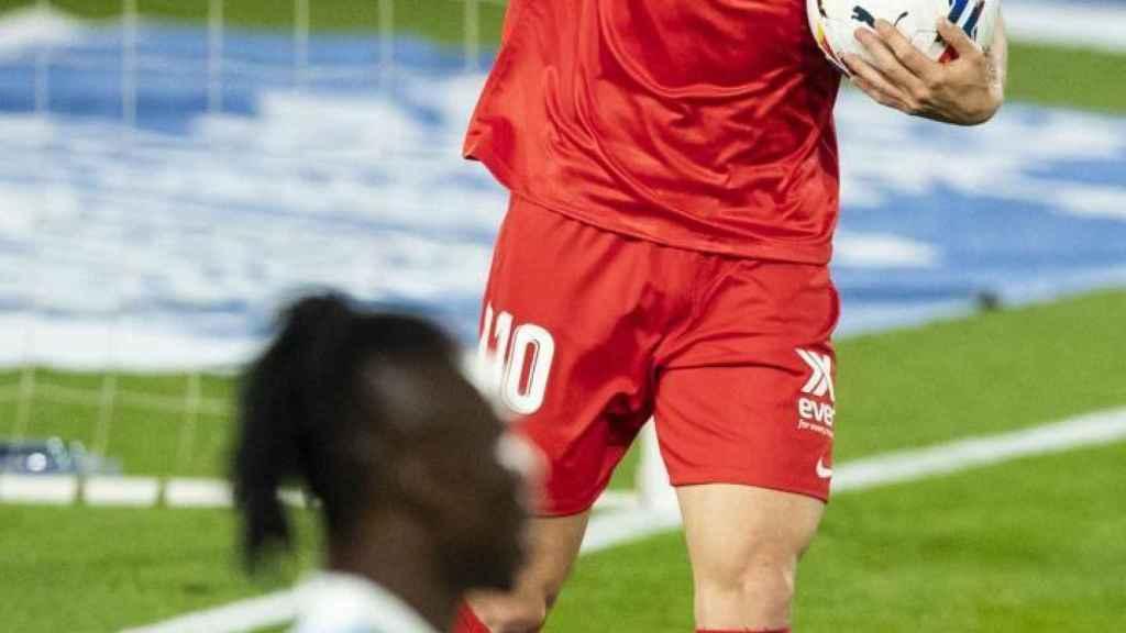 Ivan Rakitic celebra un gol con el Sevilla en La Liga 2020/2021