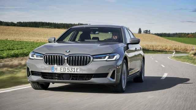 El BMW Serie 3 híbrido enchufable admite esta tecnología.