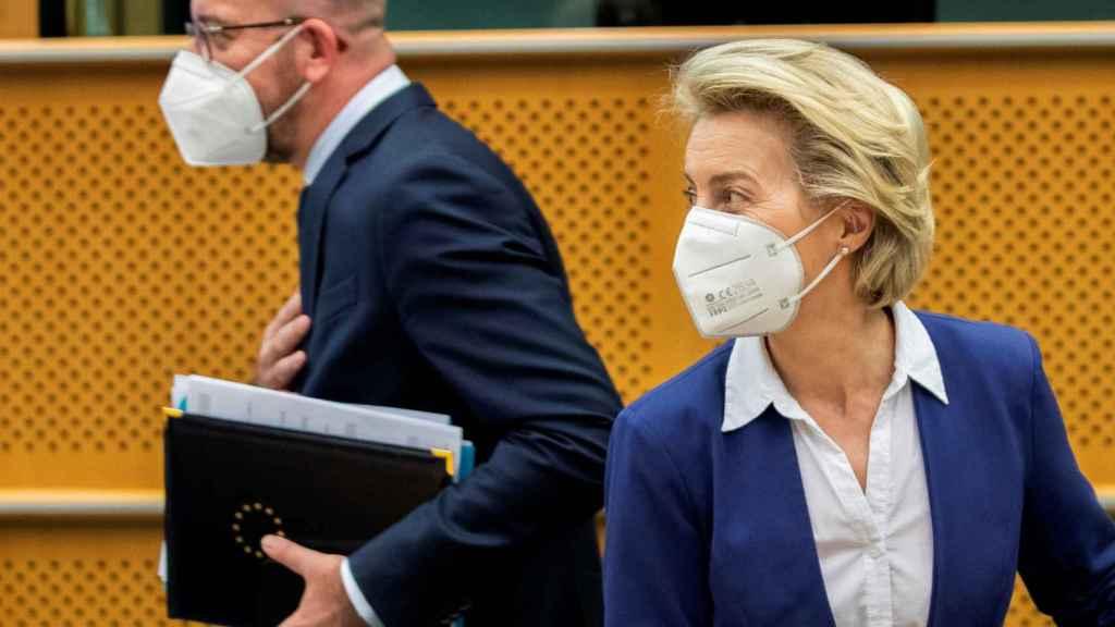 Charles Michel y Ursula von der Leyen, durante su comparecencia en la Eurocámara este martes