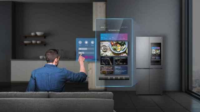 TCL tiene nuevos electrodomésticos, como una nevera inteligente.