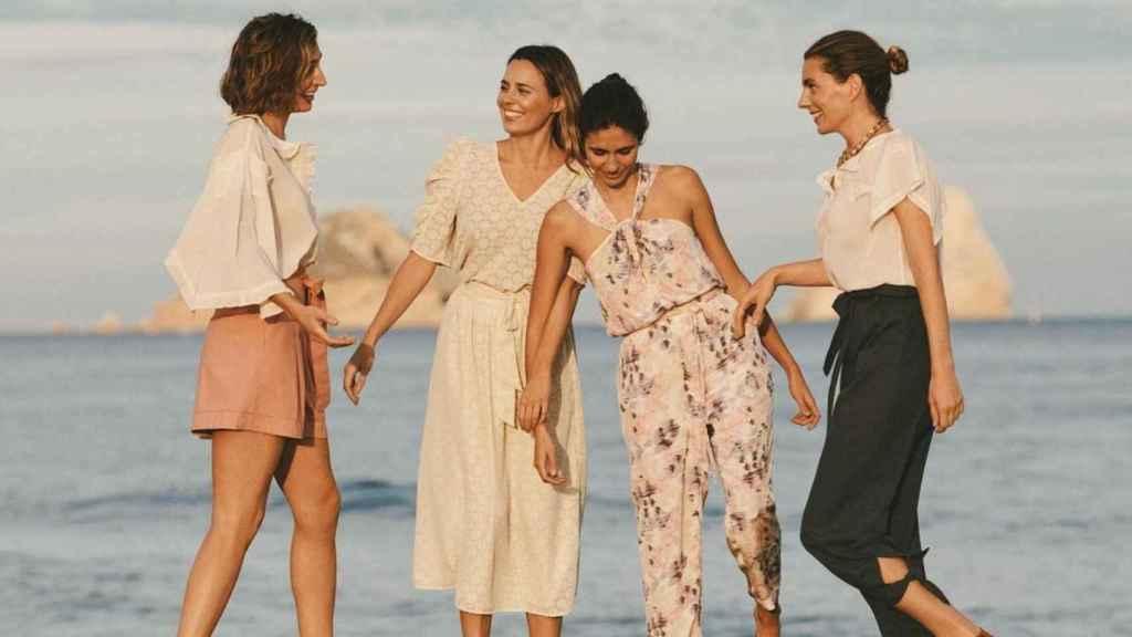 Las hijas de Sandra Domecq en una imagen de las redes de Claudia.