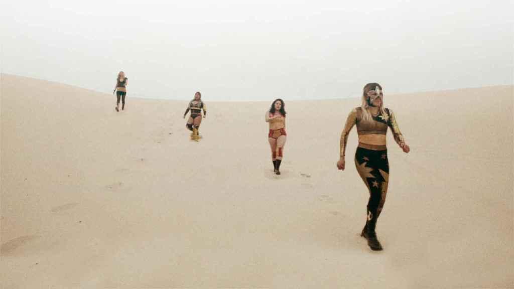 Un fotograma del documental 'Luchadoras'.