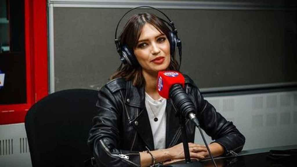 La periodista en una imagen al frente de su programa de Radio Marca.
