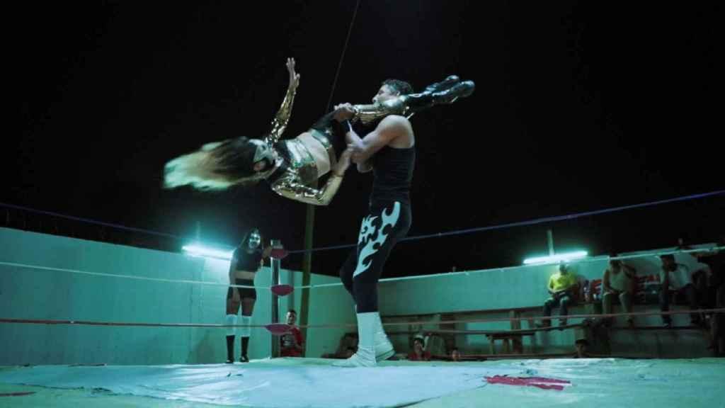 Baby Star en plena lucha libre.