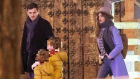 Iker Casillas y Sara Carbonero junto a sus hijos en una imagen de archivo.