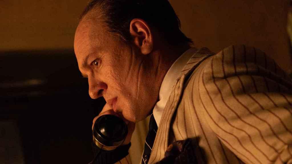 Tom Hardy como Capone.