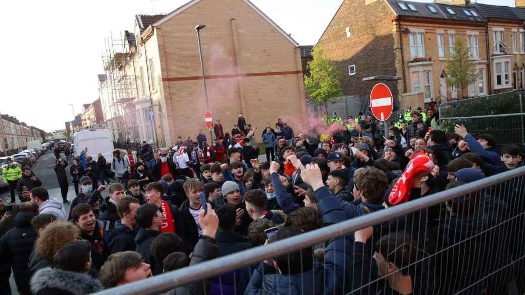 Aficionados del Liverpool antes del partido contra el Real Madrid